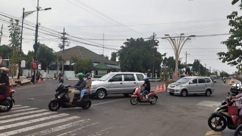 Masih Ada Pengendara Langgar Rekayasa Lalin di Jl. A. Yani Madiun