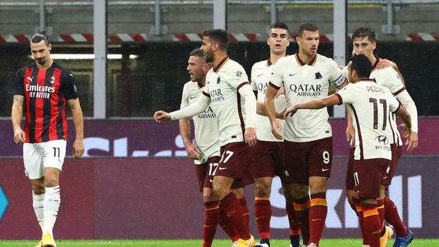 AC Milan 3-3 AS Roma: Rentetan Kemenangan Rossoneri Terhenti di Kaki Serigala