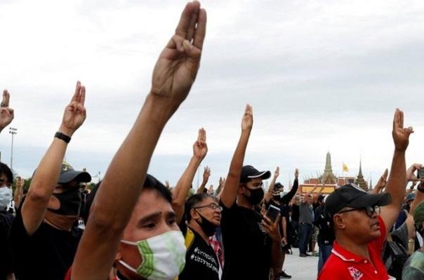 Thailand Dibombamdir Demo Berbulan Bulan, Apa yang Sebenarnya Terjadi?