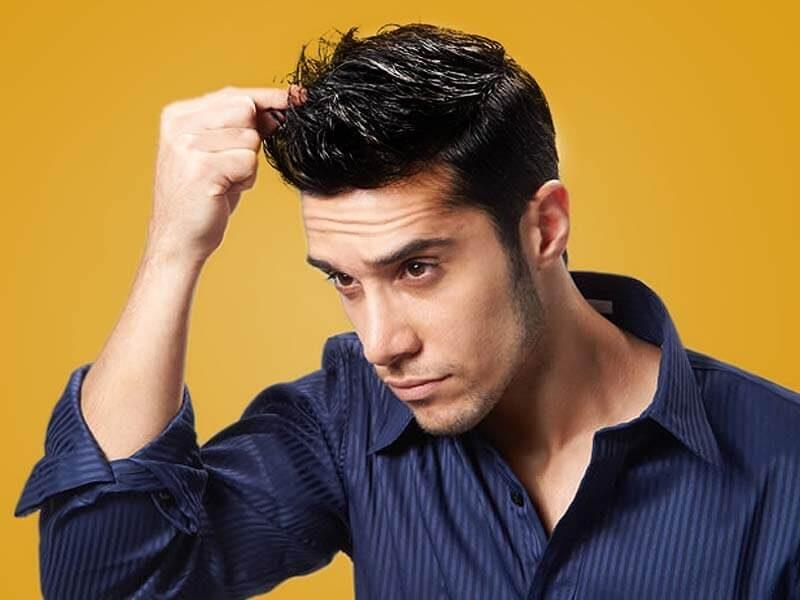 Terlalu Sering Pakai Gel Rambut? Ini Akibatnya