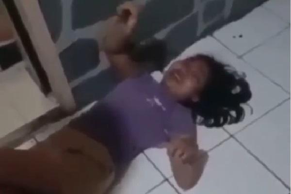 Ditangkap, Laras Cynthia Owner Dapoer Emak Caca Pura-Pura Kesurupan