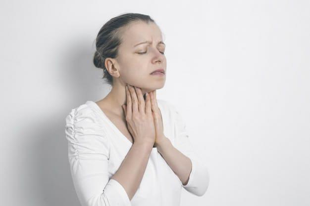 Sederhana, Begini 5 Cara Mengatasi Sakit Tenggorokan