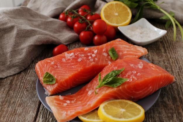 Agar Kesehatan Mata Terjaga, Konsumsi Makanan Berikut