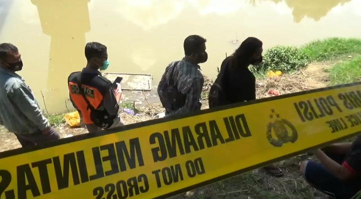 Polisi Buru Pelaku Pembuang Bayi di Bengawan Madiun