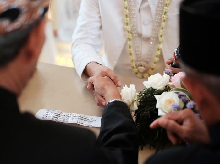 Mempelai Wanita Positif Covid-19, Pernikahan di Ponorogo Sah tapi Resepsi Batal