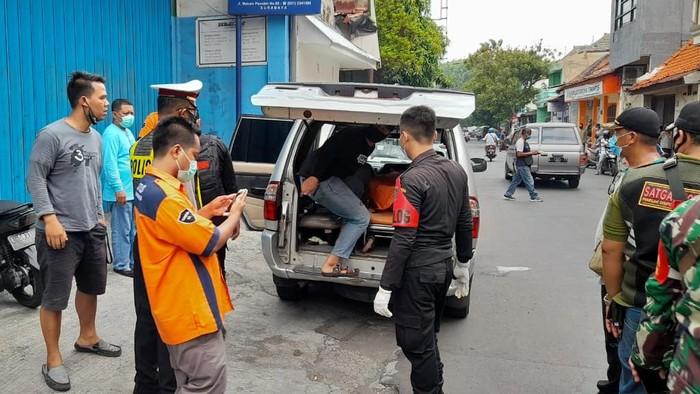 """Sebelum """"Main"""" Kakek di Surabaya Meninggal di Hotel Bersama Teman Wanitanya"""