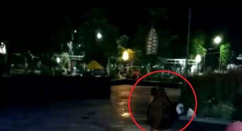 Viral Video Wanita Mandi Telanjang di Alun-Alun Probolinggo