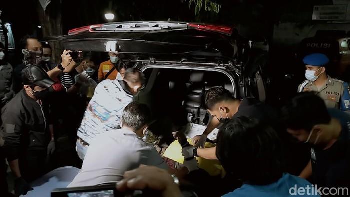 Melawan Polisi Pakai Senpi Rakitan, Kurir Sabu-Sabu di Surabaya Ditembak Mati