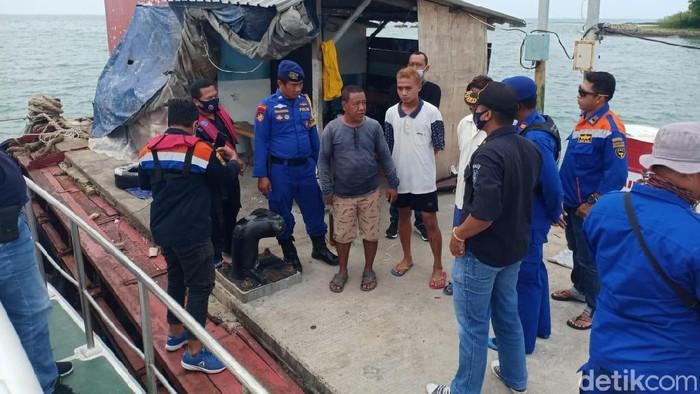 Dua Kapal Tabrakan di Perairan Gresik, Pencarian 5 ABK Hilang Terkendala Ombak Tinggi