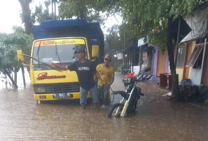 7 Desa di Jember Kebanjiran, 4.000 KK Mengungsi