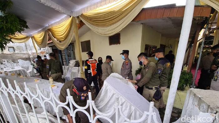Digelar Tanpa Prokes saat PPKM, Hajatan Pernikahan di Surabaya Dibubarkan