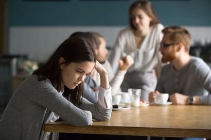 Terkenal Pemalu, Lakukan Cara Melatih Percaya Diri Ini bagi Introvert