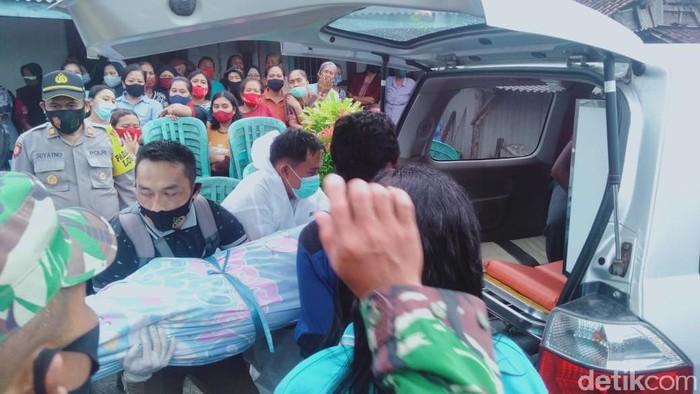 Misteri Kematian Sekeluarga di Blitar, Ini Hasil Autopsi Jenazah Bapak dan 2 Anak