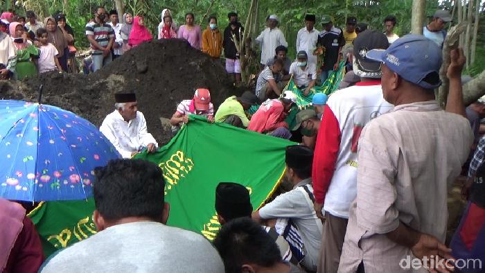 Keracunan Asap Genset, Satu Keluarga di Lumajang Meninggal