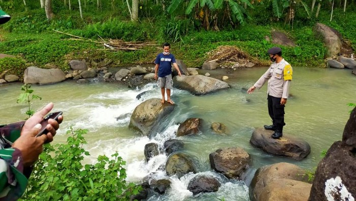 2 Mayat Ditemukan Mengapung di 2 Sungai di Ngawi