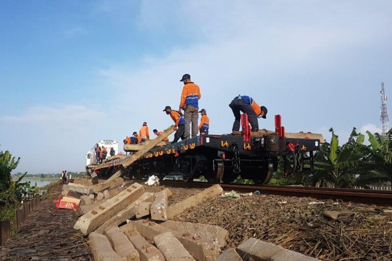 Jakarta Banjir, 6 KA ke dan dari Jakarta yang Lewat Madiun Batal Berangkat