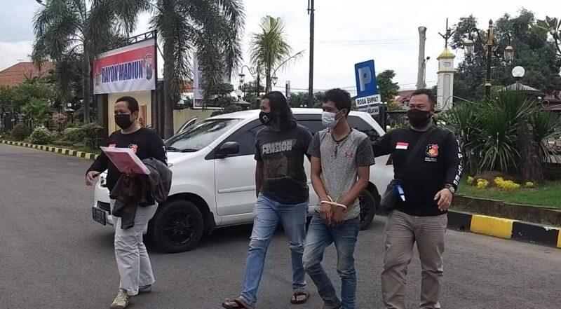 Tipu Pengusaha Ayam, Pria Madiun Dibekuk Polisi