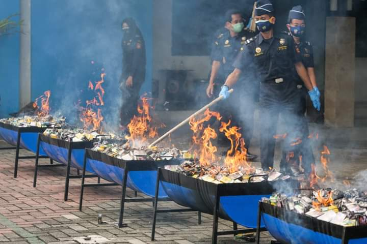 DJBC Jatim Musnahkan 2,9 Juta Batang Rokol Ilegal