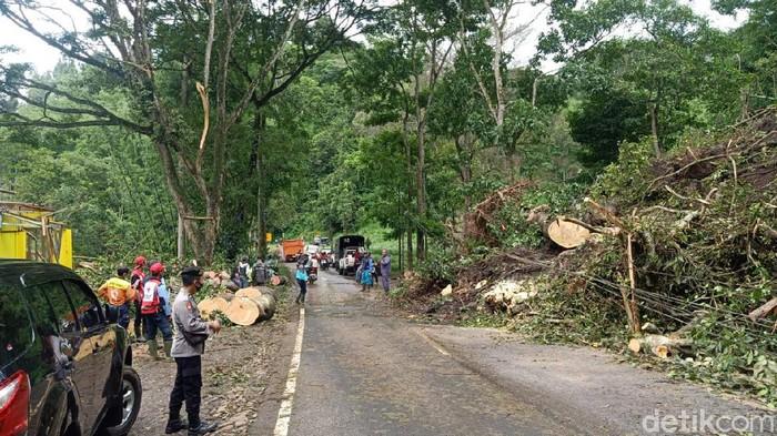 Longsor Susulan di Pujon, Akses Malang-Kediri Kembali Ditutup