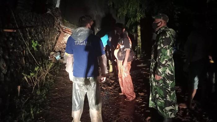 Tanah Longsor di Nganjuk Dipicu Hujan Intensitas Tinggi
