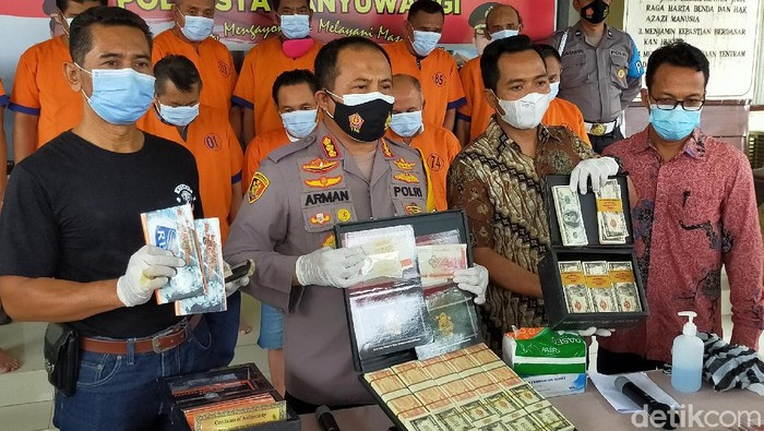 Sindikat Peredaran Uang Asing Palsu Rp2,8 Triliun di Banyuwangi Digulung