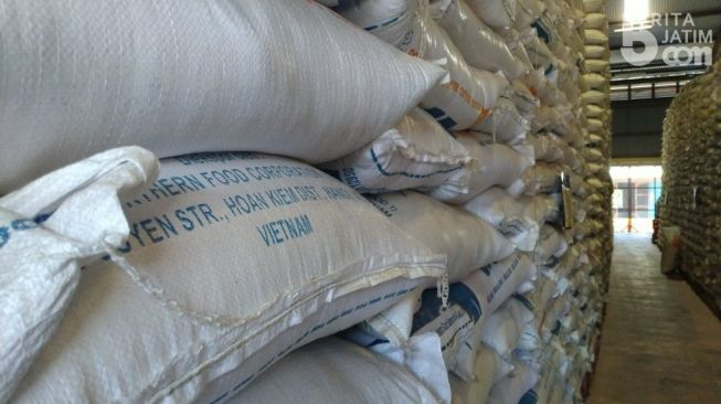 Bulog Banyuwangi Simpan 3.000 Ton Beras Impor Vietnam sejak 2018