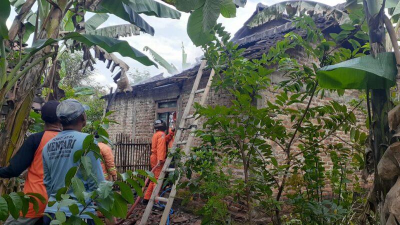 Rumah Milik Petani di Magetan Terbakar, Ayam dan Burung Senilai Jutaan Rupiah Mati