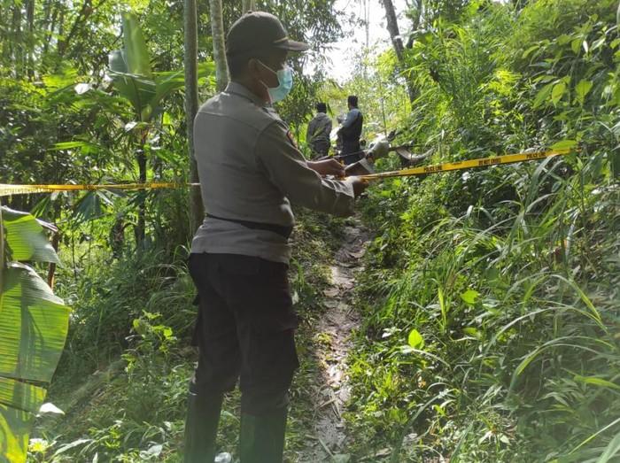 Diduga Korban Pembunuhan, Warga Pasuruan Ditemukan Meninggal di Jalan Setapak