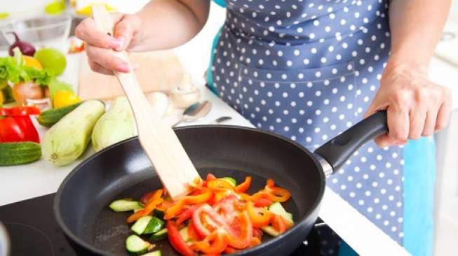 Mencicipi Makanan Saat Puasa, Bagaimana Hukumnya?