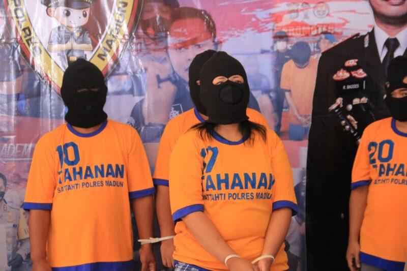 Muncikari dan Penyedia Layanan Esek-Esek Ditangkap Polisi Madiun