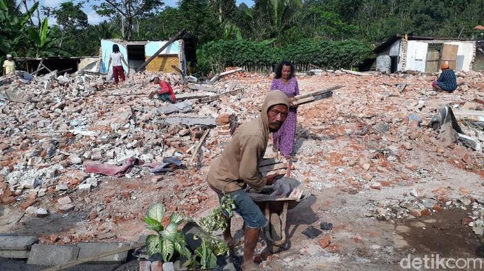 Gempa M 6,1 Akibatkan 4 Warga Kabupaten Malang Meninggal, 4.404 Rumah Rusak
