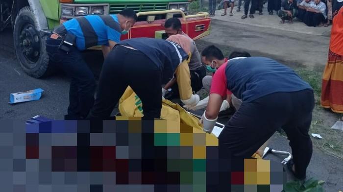 Ngabuburit, 2 Remaja di Trenggalek Meninggal karena Tabrak Truk