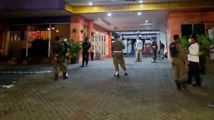Istri Lapor, Anggota Satpol PP Surabaya Digerebek Bersama WIL di Hotel