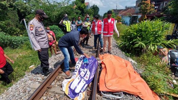 Wanita yang Tewas Tertabrak Kereta di Blitar, Usai Jalani Isolasi karena Positif Covid-19