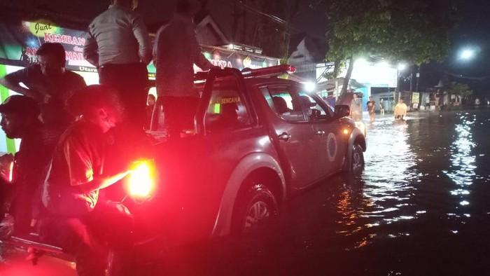 Banjir Terjang Puluhan Rumah di Tiga Dusun di Blitar