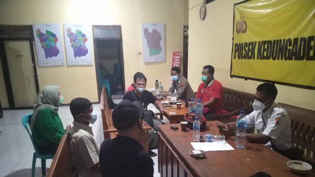 Ortu Ayu Ting Ting Datangi Rumah Pem-Bully di Bojonegoro